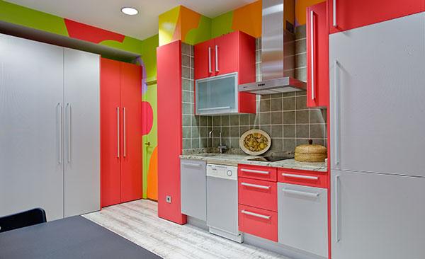 Baño Debajo De Escalera Con Ducha: Agencia Inmobiliaria Madrid Venta de casas, pisos y chalets de lujo
