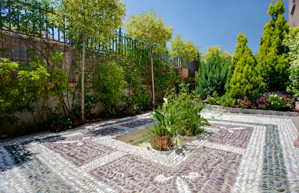 Ambassador real estate for Jardines sin cesped