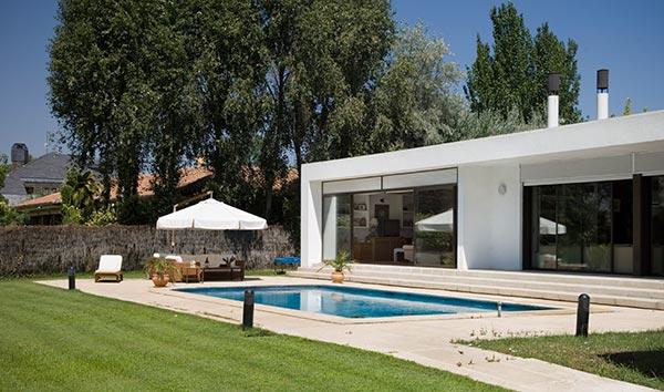 Casas impresionantes foros de debates de coches for Casas con porche y piscina