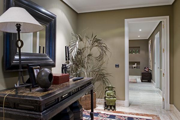 la propiedad que ambassador les presenta es un magnfico piso de lujo ubicado en un edificio moderno en la calle velzquez tiene m construidos y est