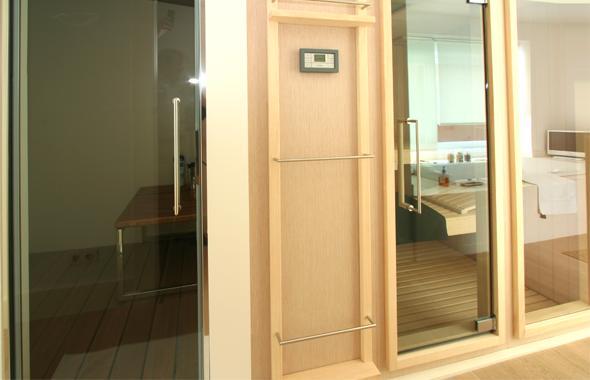 Cabinas De Baño Sauna:Las cabinas de baño turco y de sauna, ambas con un moderno y exacto