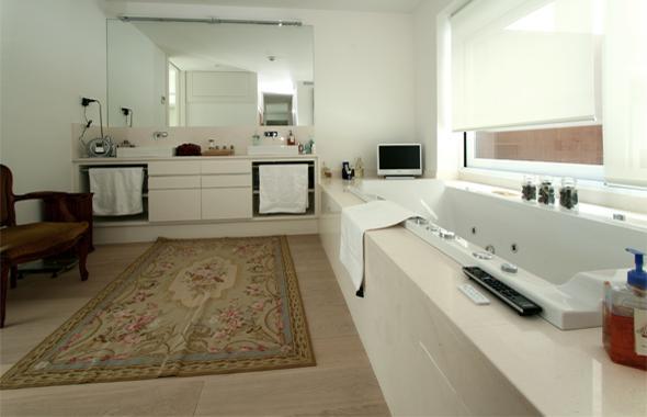 Cabinas De Baño Turco:Atractiva imagen de la zona del cuarto de baño que incorpora las