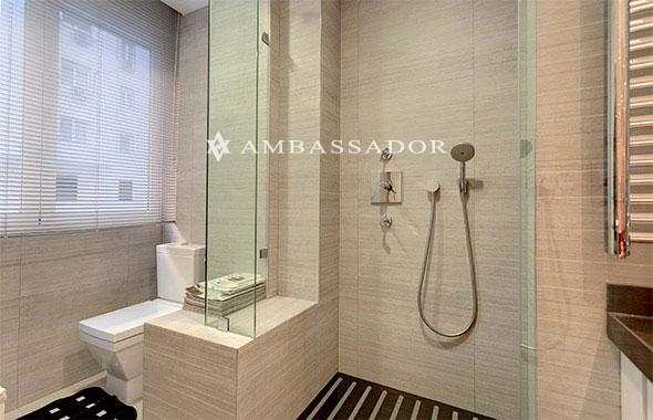 Cabinas De Baño Ala Medida: cabinas de ducha, mamparas hechas a medida, radiadores toalleros y